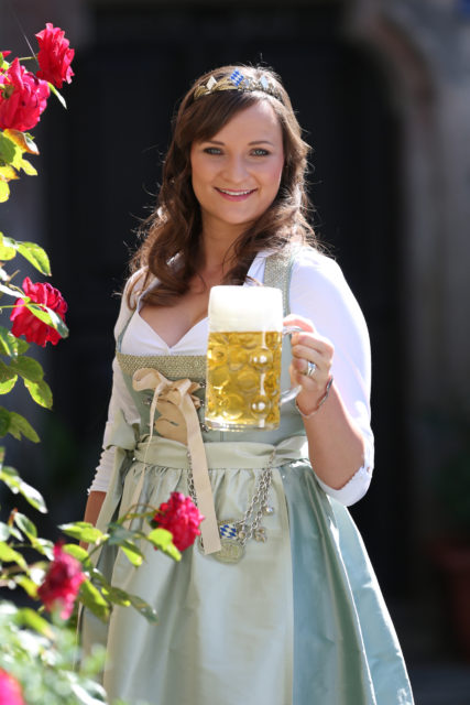 BayerBierKoenigin2014-2015_Tina-ChristinRueger_06