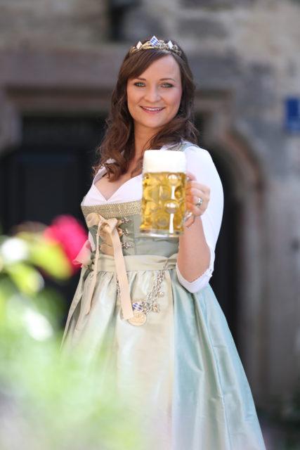 BayerBierKoenigin2014-2015_Tina-ChristinRueger_08