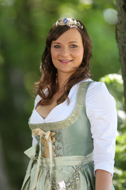 BayerBierKoenigin2014-2015_Tina-ChristinRueger_11