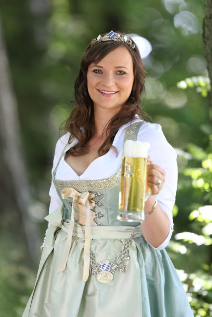 BayerBierKoenigin2014-2015_Tina-ChristinRueger_Helles-03