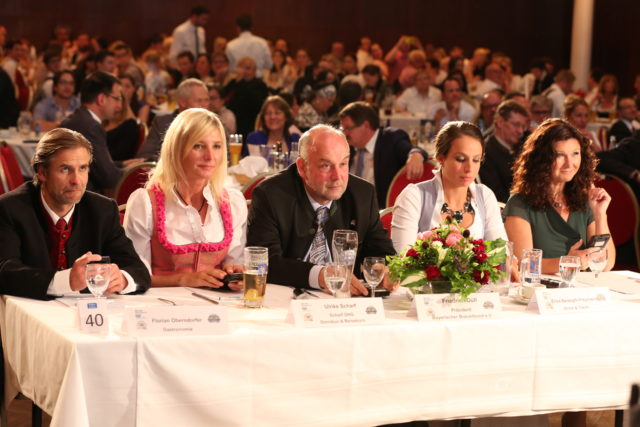 Die Jury_Florian Oberndorfer_Ulrike Scharf_Friedrich Düll_Elisa Berzaghi-Freymann_Karin Schubert-02