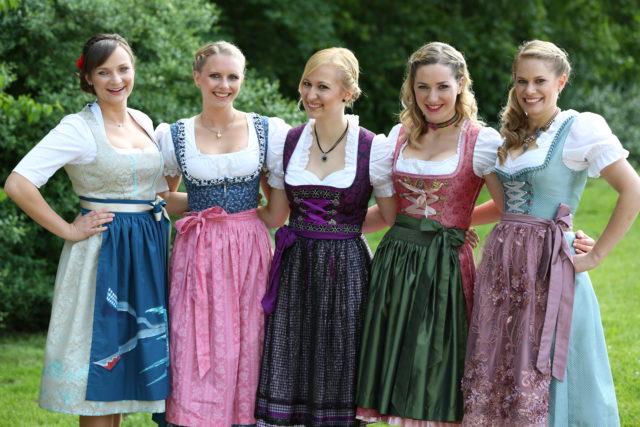 Die fünf Finalistinnen_ Tina-Christin Rüger_Marie-Theres Waldenfels_Christine Lang_Andrea Lindner_Andrea Lechleiter (vlnr)