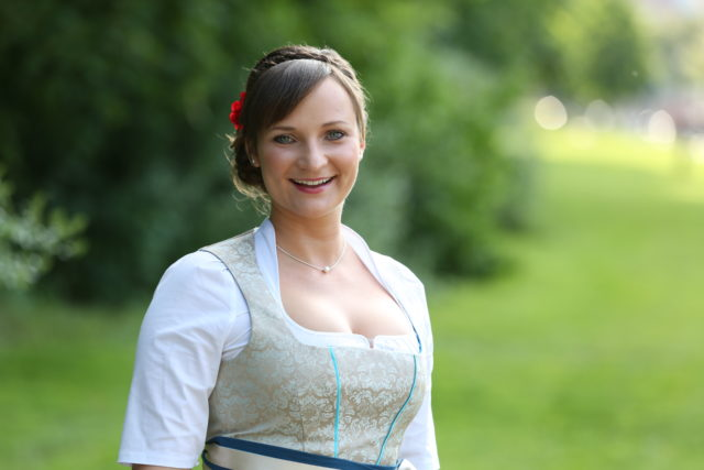 Tina-Christin Rüger-Bayerische Bierkönigin 2014_02