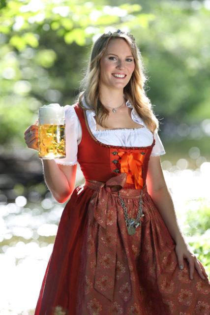 Bayerische Bierkönigin 2015-2016 Marlene Speck Autogrammkarte-überarbeitet