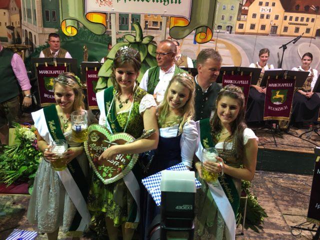Wahl der Hallertauer Hopfenkönigin 2016