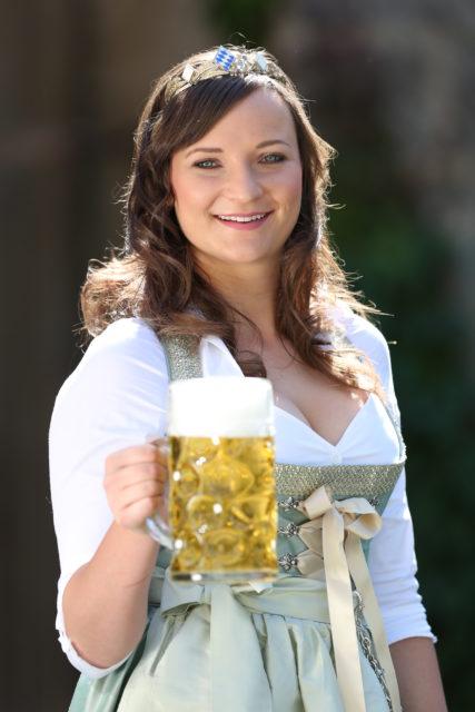 BayerBierKoenigin2014-2015_Tina-ChristinRueger_04