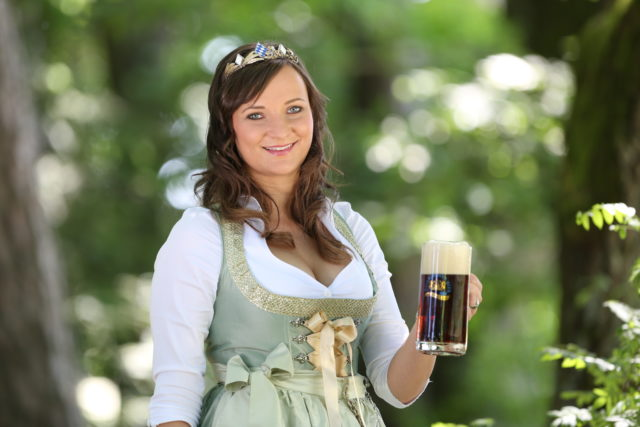 BayerBierKoenigin2014-2015_Tina-ChristinRueger_Dunkles-06