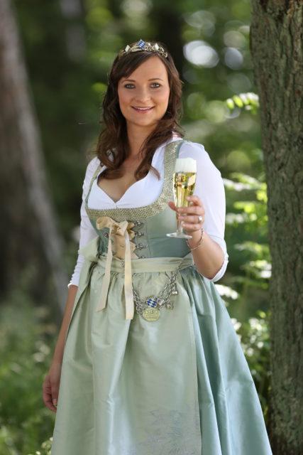 BayerBierKoenigin2014-2015_Tina-ChristinRueger_Pils-01