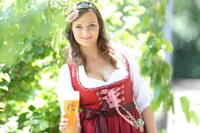 BayerBierKoenigin2014-2015_Tina-ChristinRueger_Weizen-05