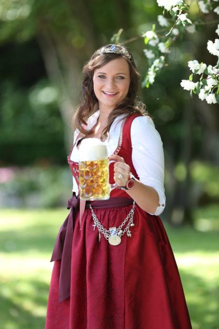 BayerBierKoenigin2014-2015_Tina-ChristinRueger_Weizen-08