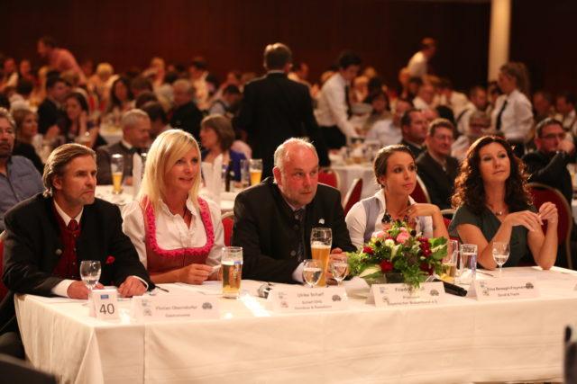 Die Jury_Florian Oberndorfer_Ulrike Scharf_Friedrich Düll_Elisa Berzaghi-Freymann_Karin Schubert-01