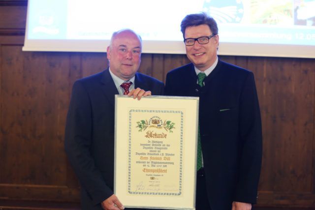 Ehrenpräsident Friedrich Düll und Präsident Georg VI. Schneider