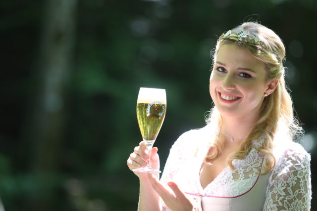 Bayerische Bierkoenigin 2016-2017 Sabine-Anna-Ullrich_Pils-5