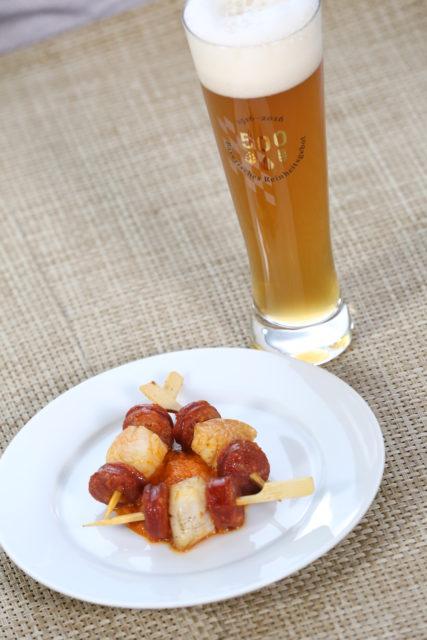 Minispieße mit Jakobsmuscheln und Chorizo und hellem Weißbierbock-3
