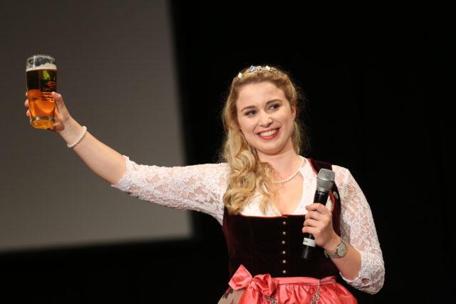 Abschied von Sabine-Anna Ullrich_BayerBierkoenigin 2016-2017-5