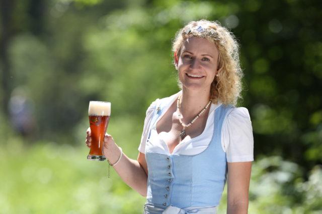 BayerBierkoenigin2018-19_Johanna Seiler_ Weizenbock-3