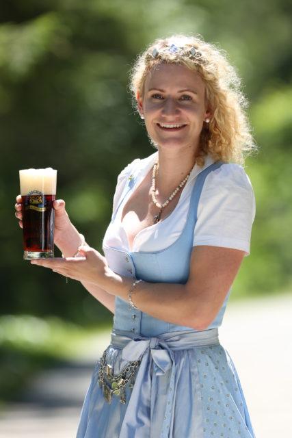 BayerBierkoenigin2018-19_Johanna Seiler_Dunkles-1