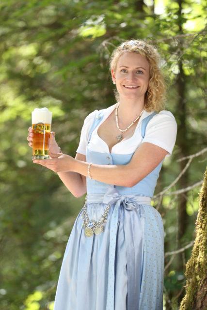 BayerBierkoenigin2018-19_Johanna Seiler_Helles-2