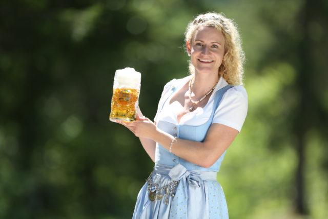 BayerBierkoenigin2018-19_Johanna Seiler_Maß-19