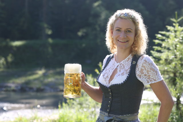 BayerBierkoenigin2018-19_Johanna Seiler_Maß-21