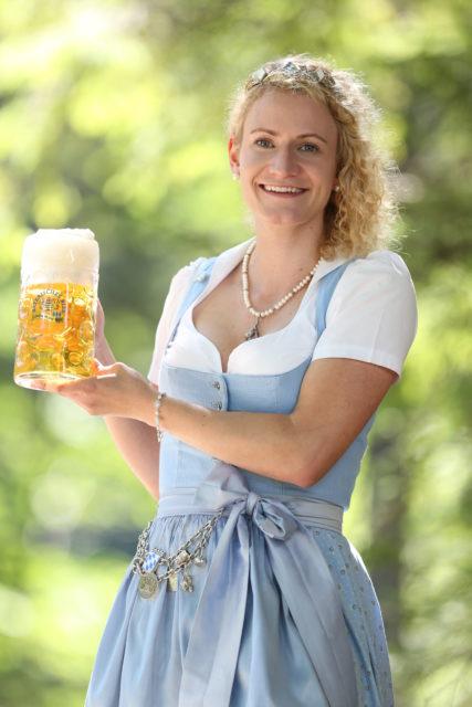 BayerBierkoenigin2018-19_Johanna Seiler_Maß-29